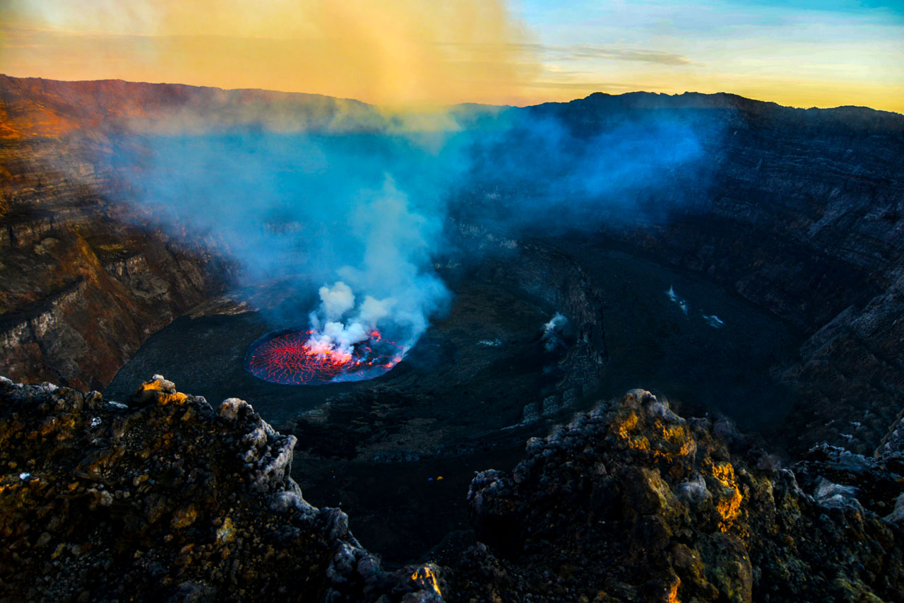 2 Days Mount Nyiragongo hiking safari to see the beautiful lava lake of Nyiragongo volcano containing the molten fire